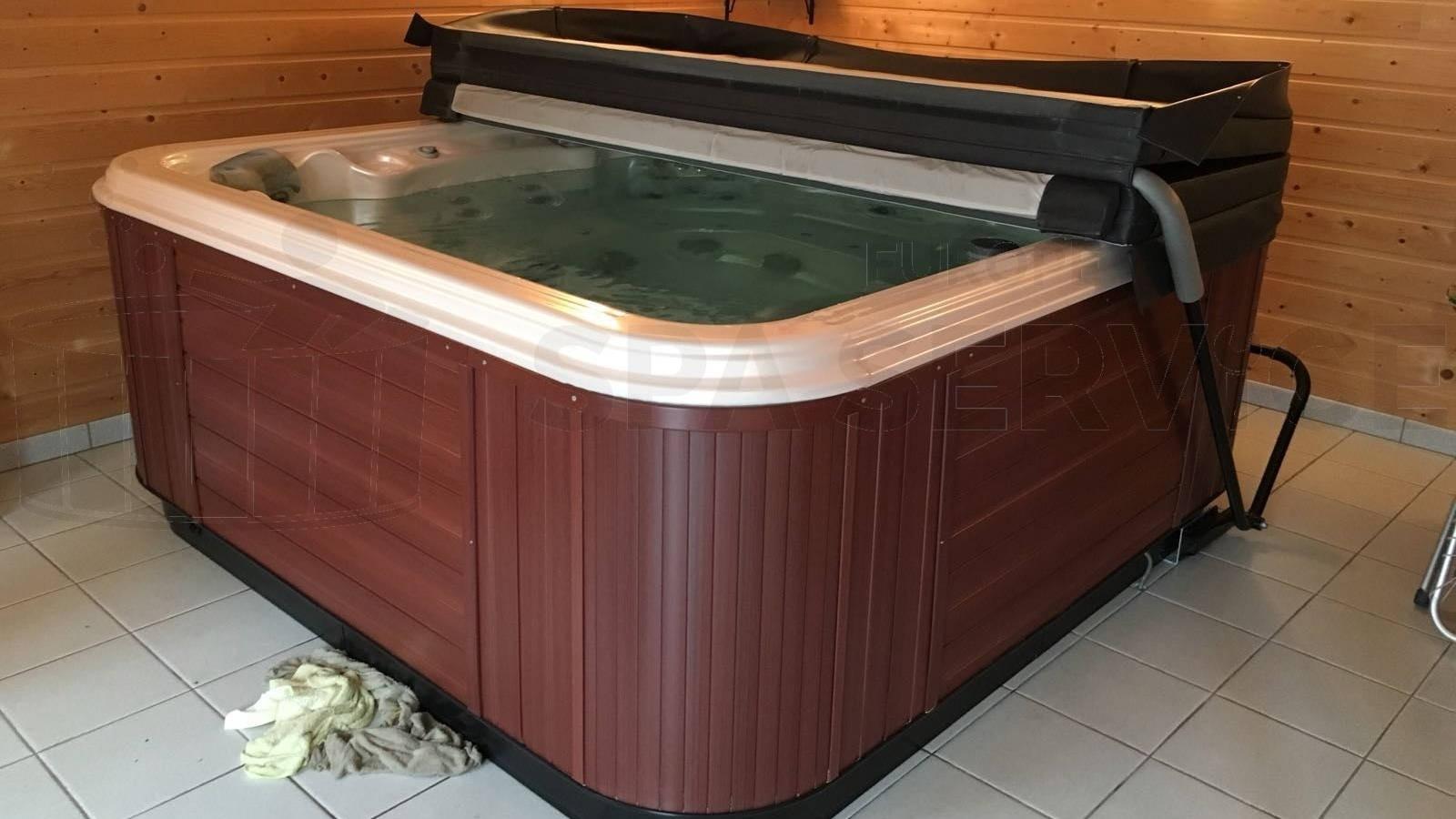 Circulatiepomp vervangen van een Paragon Essence 250 spa in Margraten
