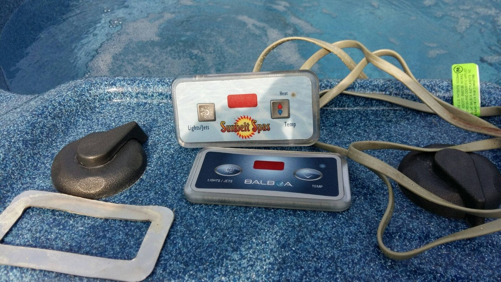 Reparatie defect display Sunbelt spa en ozonator vervangen in Brouwershaven