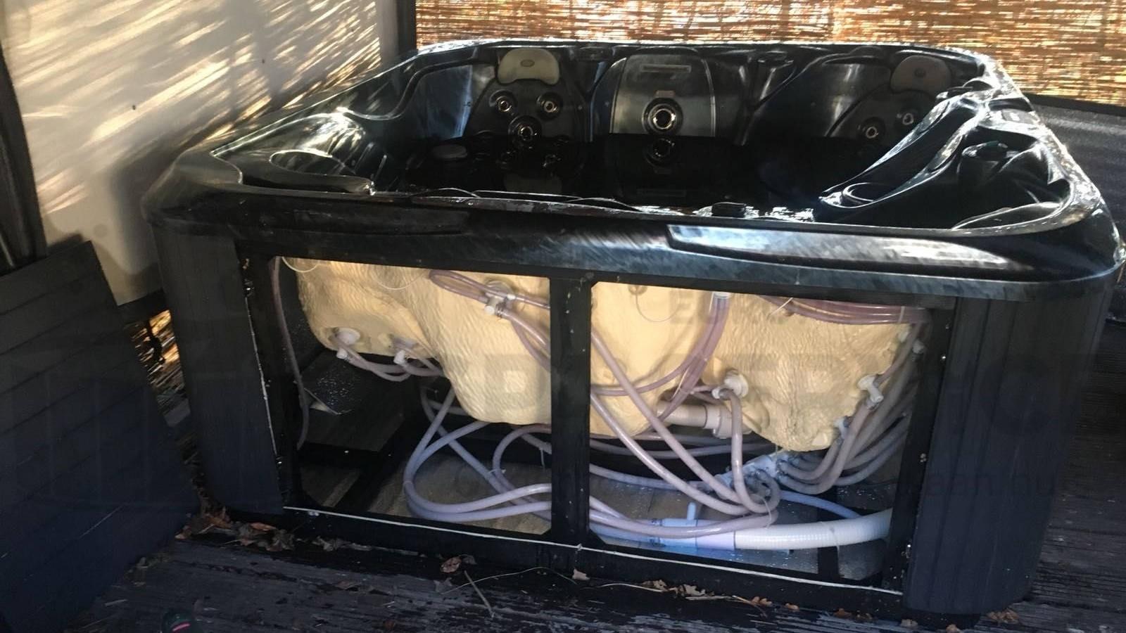 Reparatie lekkage aan een Allseas spa in Halsteren
