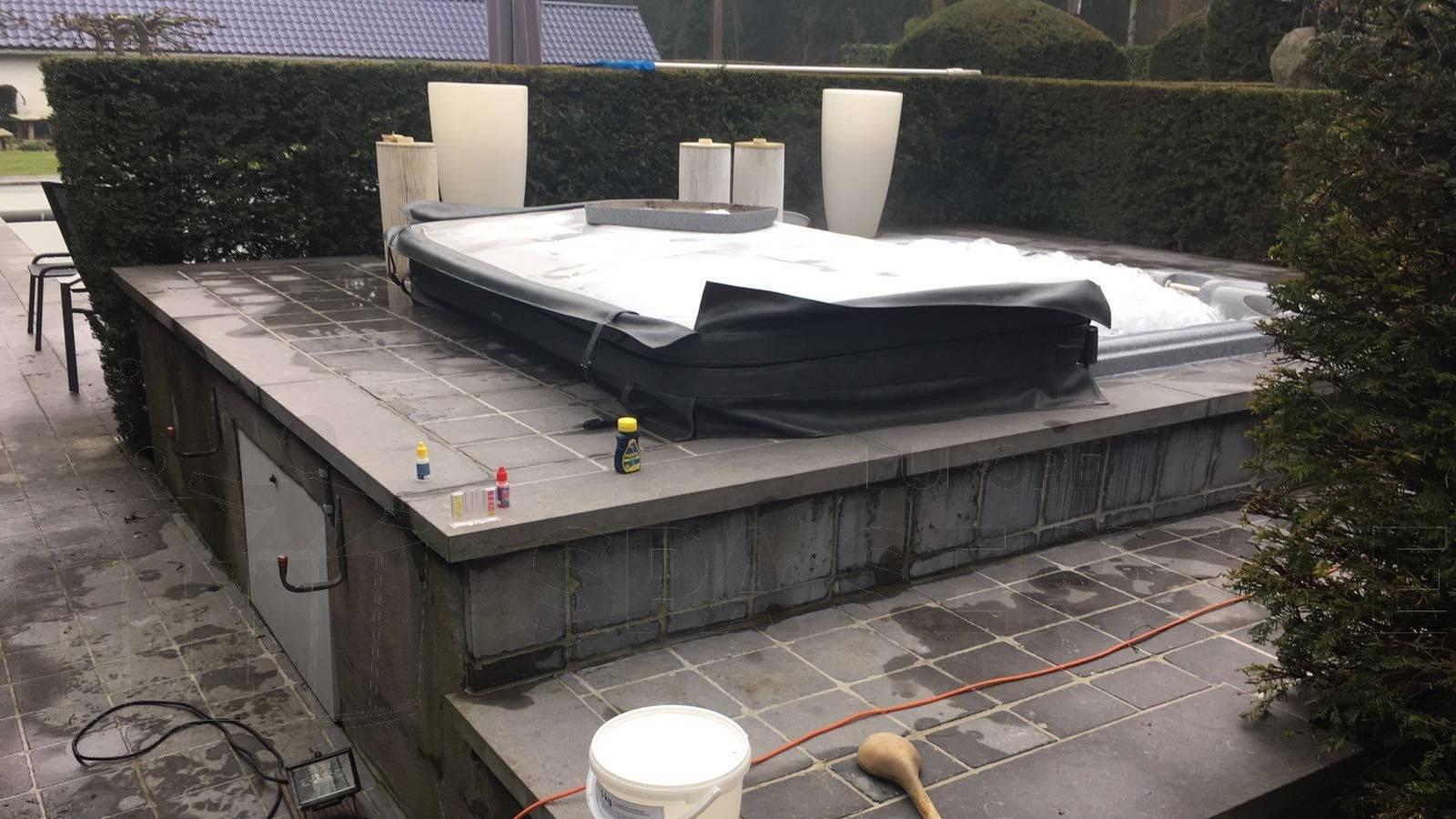 Reparatie pomp van een Sundance spa in Kapellen België